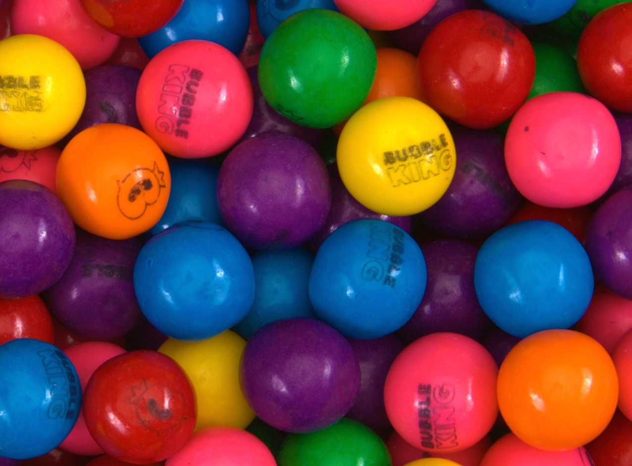 Bubble King Assorted Gumballs (1 430 ct.) Net Wgt. 17.88 lbs.